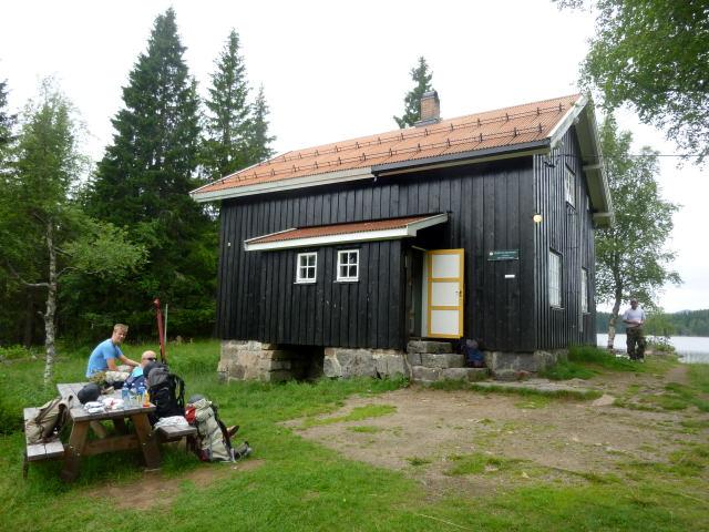Katnosdammen, en av Turistforeningens hytter i marka.